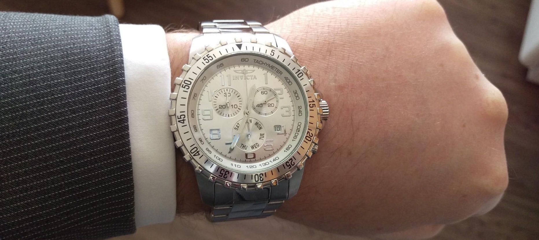 Invicta Men's 6620 II Collection Chronograph Watch Review
