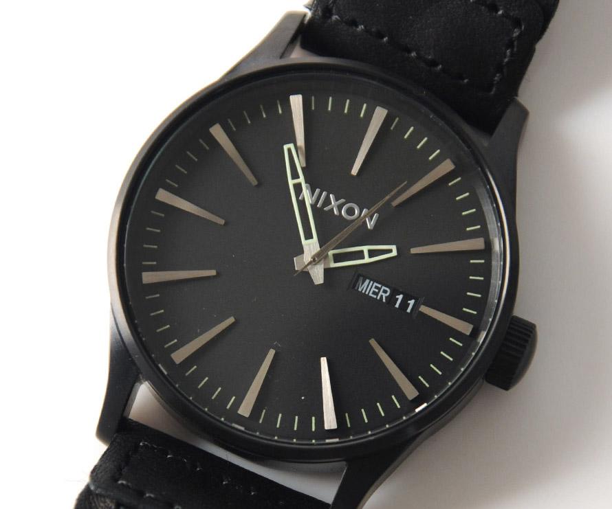 sentry-wrist-photo