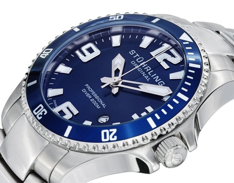 Grand Regatta blue dial