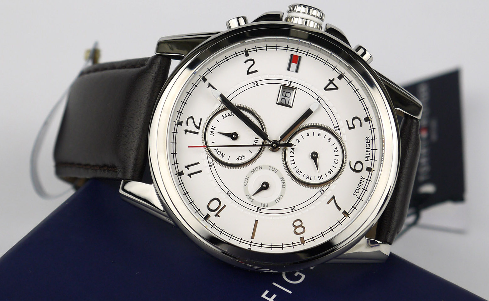 d3a803678b Tommy Hilfiger 1710294 Stainless Steel Watch Review - WatchReviewBlog