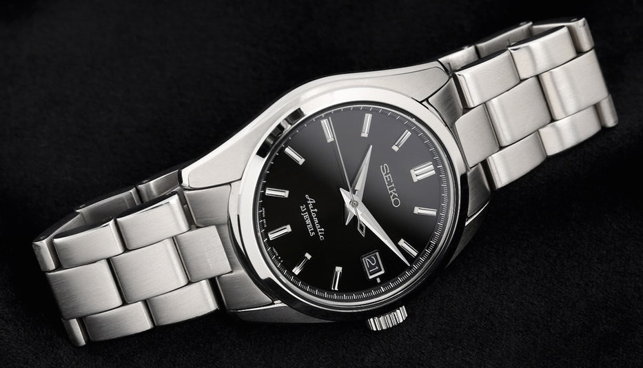 sarb033-watch-crown-date-photo