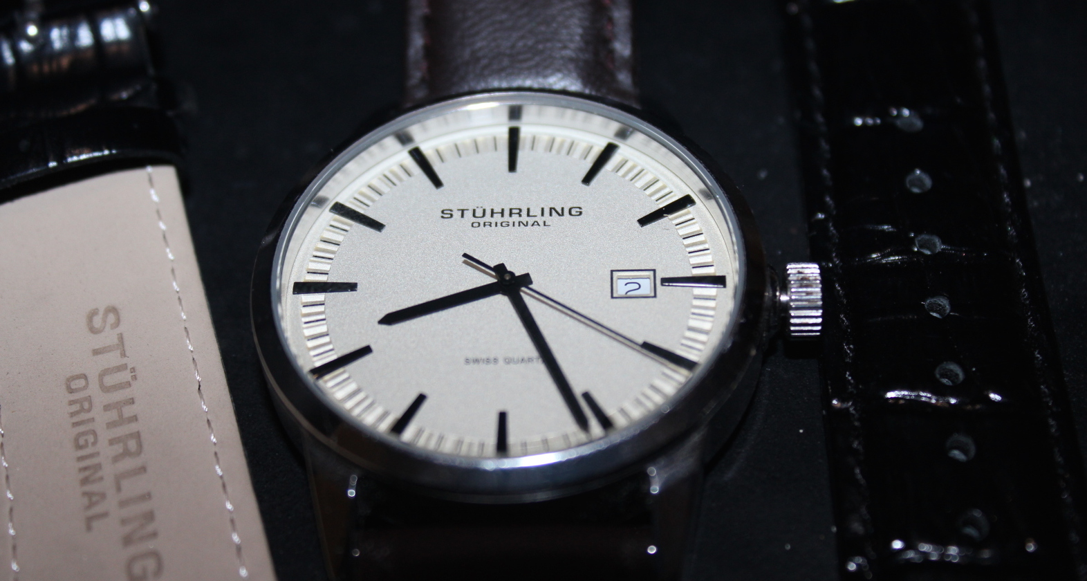 Stuhrling Original Men's 555A.03 Ascot II Analog Swiss Watch Review