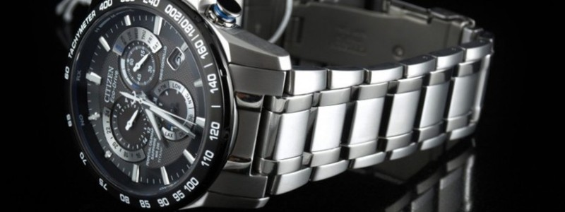 Best Titanium Watches Under $500
