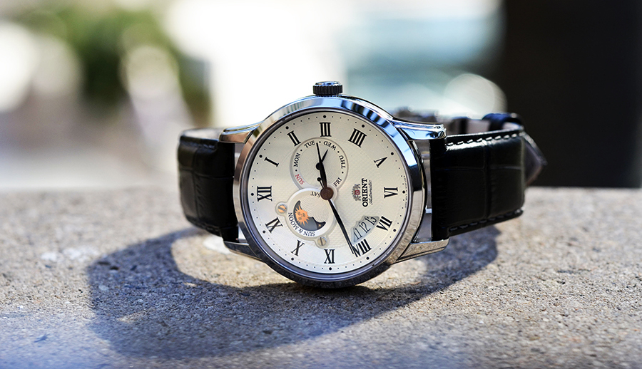 "Orient Classic FET0T002S0 ""Sun and Moon"" Watch Review"