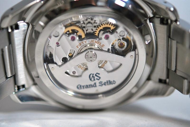 Which Watch Movement Is Better for Under $6000?