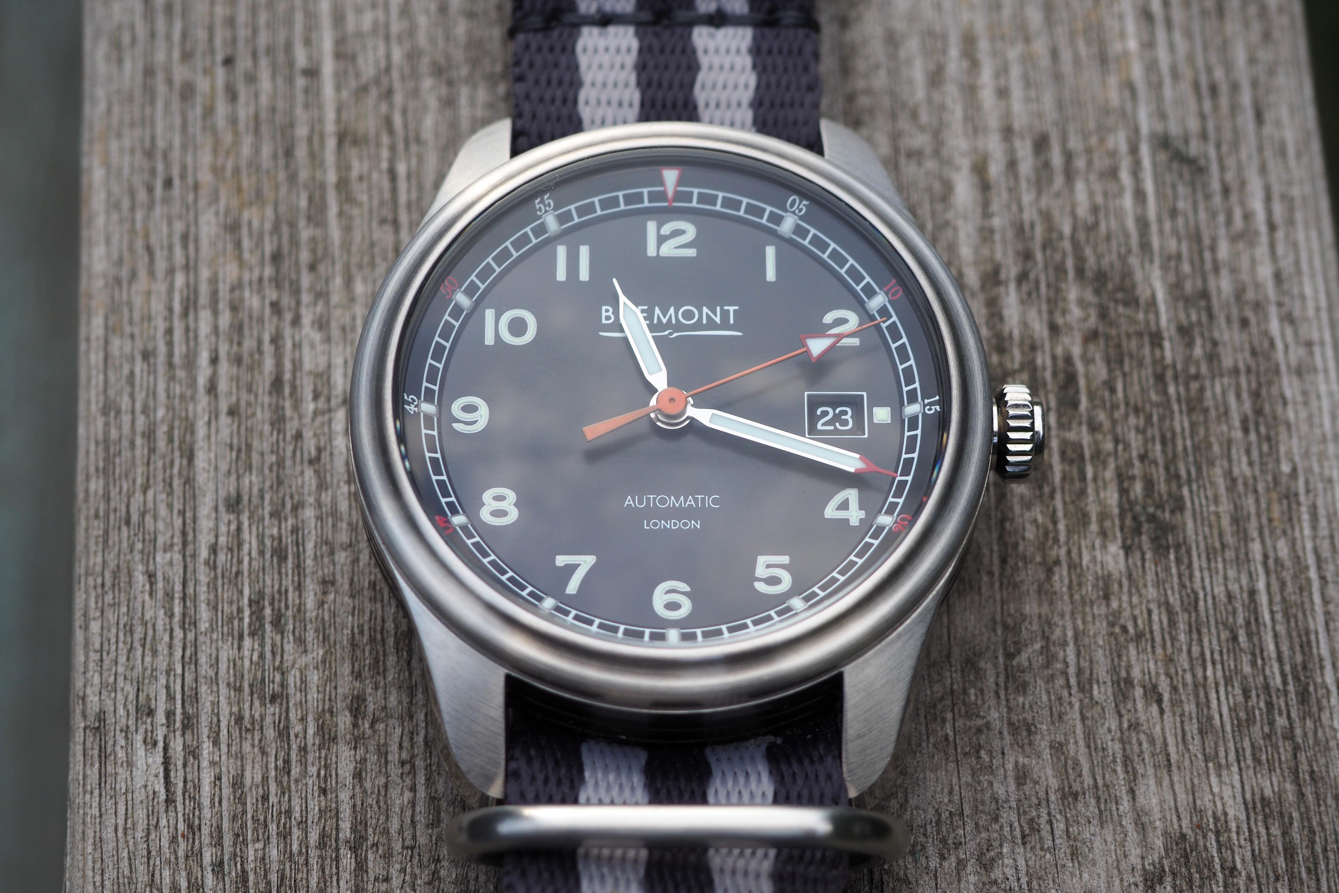 Mach 1 dial