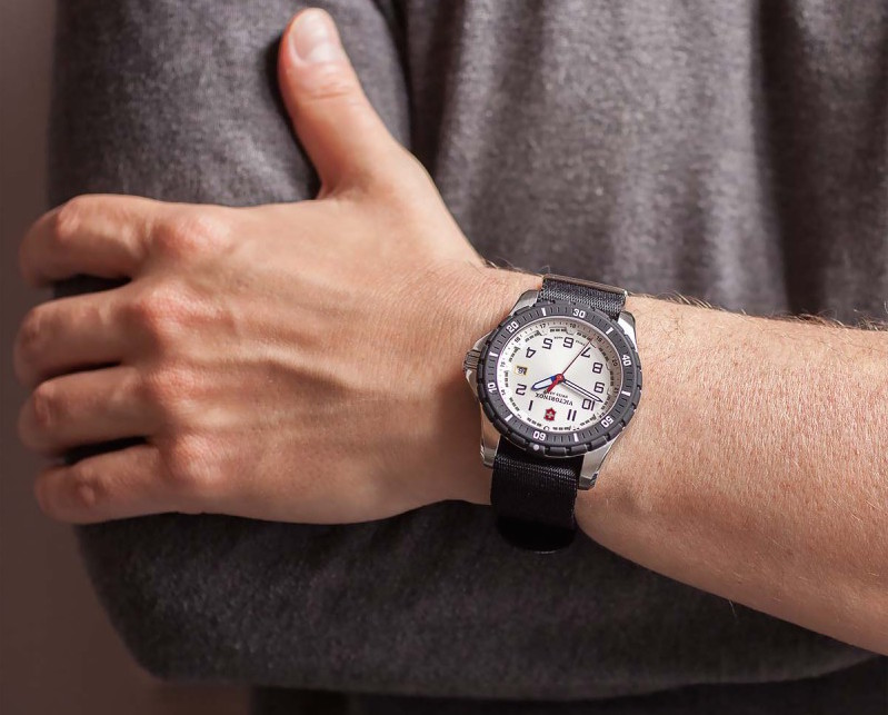 Victorinox Maverick 241677 Sports Quartz Watch Review