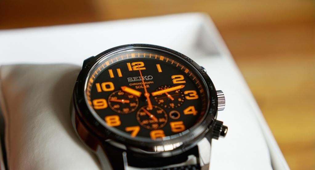 design of the chrono dial