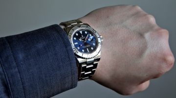 Which Wrist Should You Wear Your Watch On?