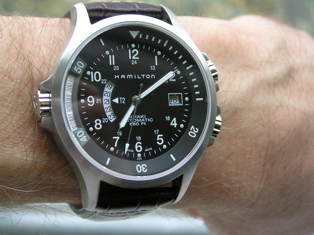 Hamilton khaki gmt h77615333 watch review watchreviewblog for Hamilton dive watch