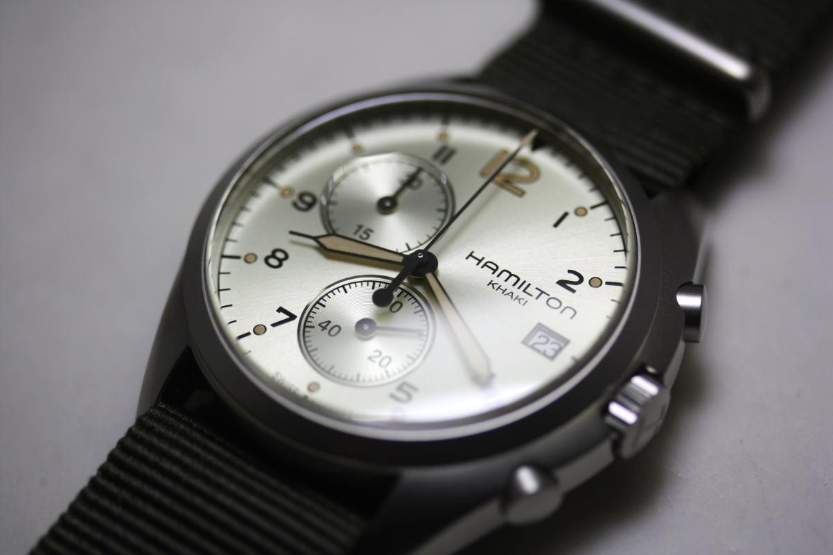H76552955 Dial Close-Up