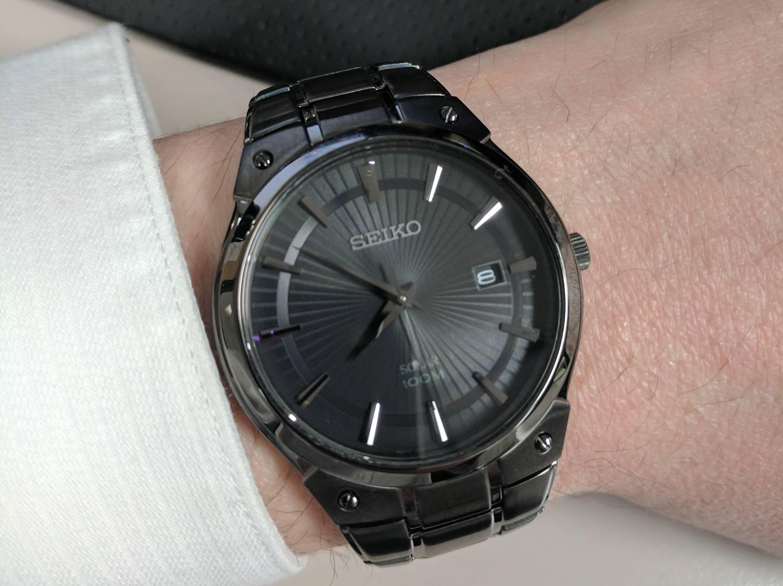 SNE325 on the wrist