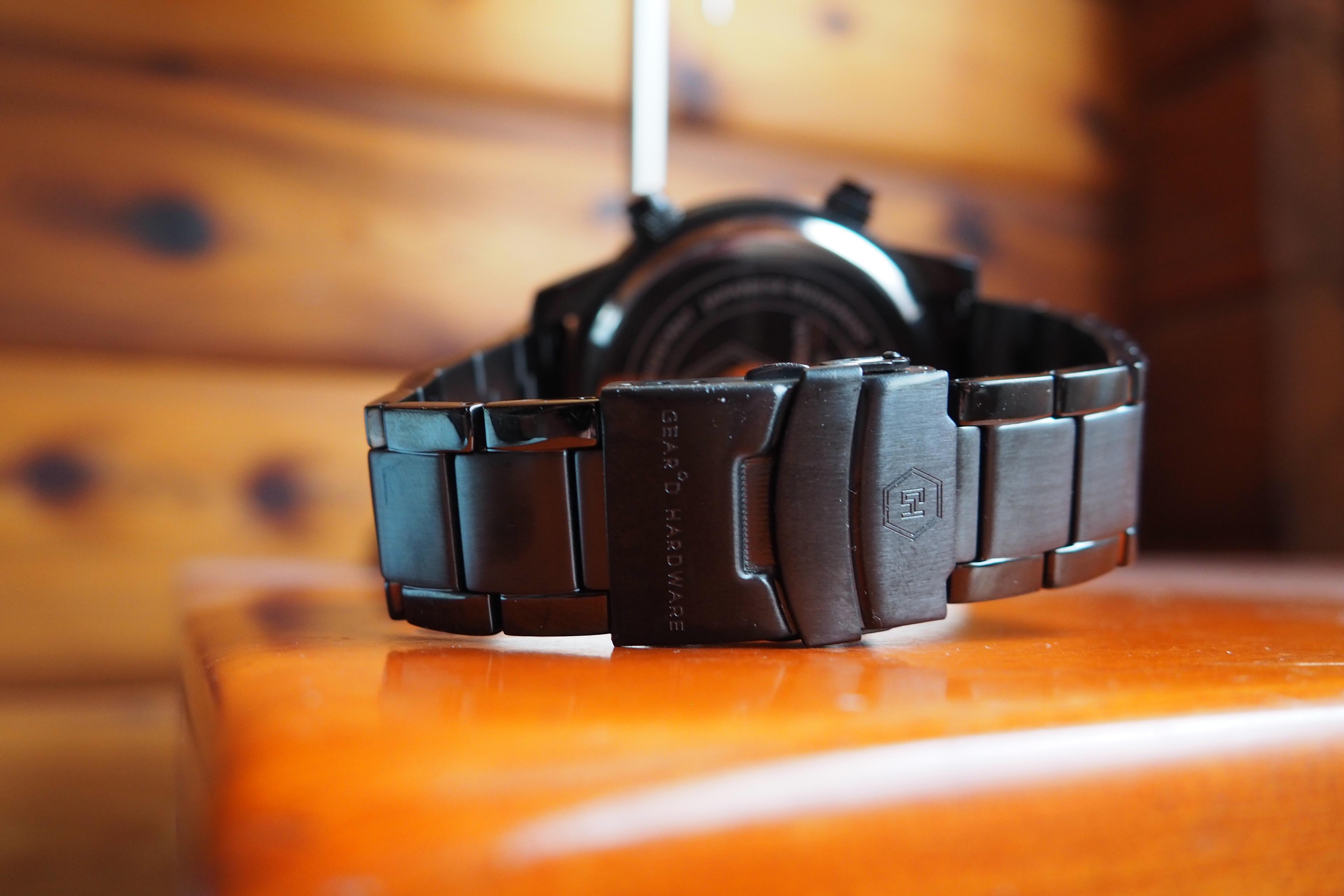 flimsy bracelet and clasp