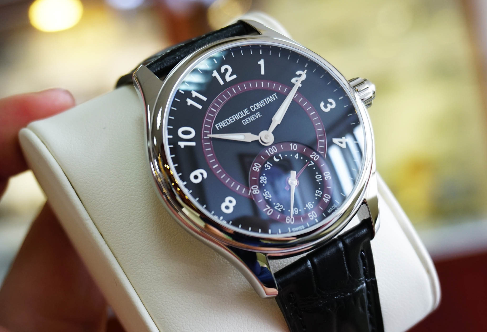Black and maroon dial colors