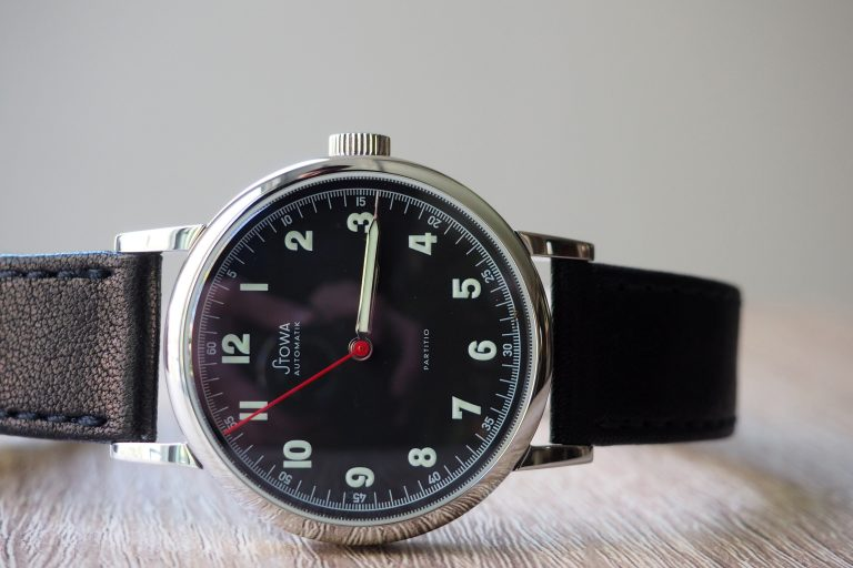 Stowa-Partitio-Watch-Review-768x512.jpg