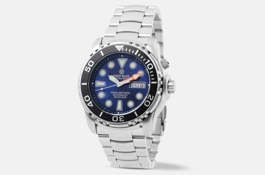 Seadiver dial in dark ocean blue