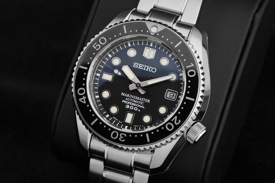 Seiko Marinemaster 300 SBDX001 Watch Review