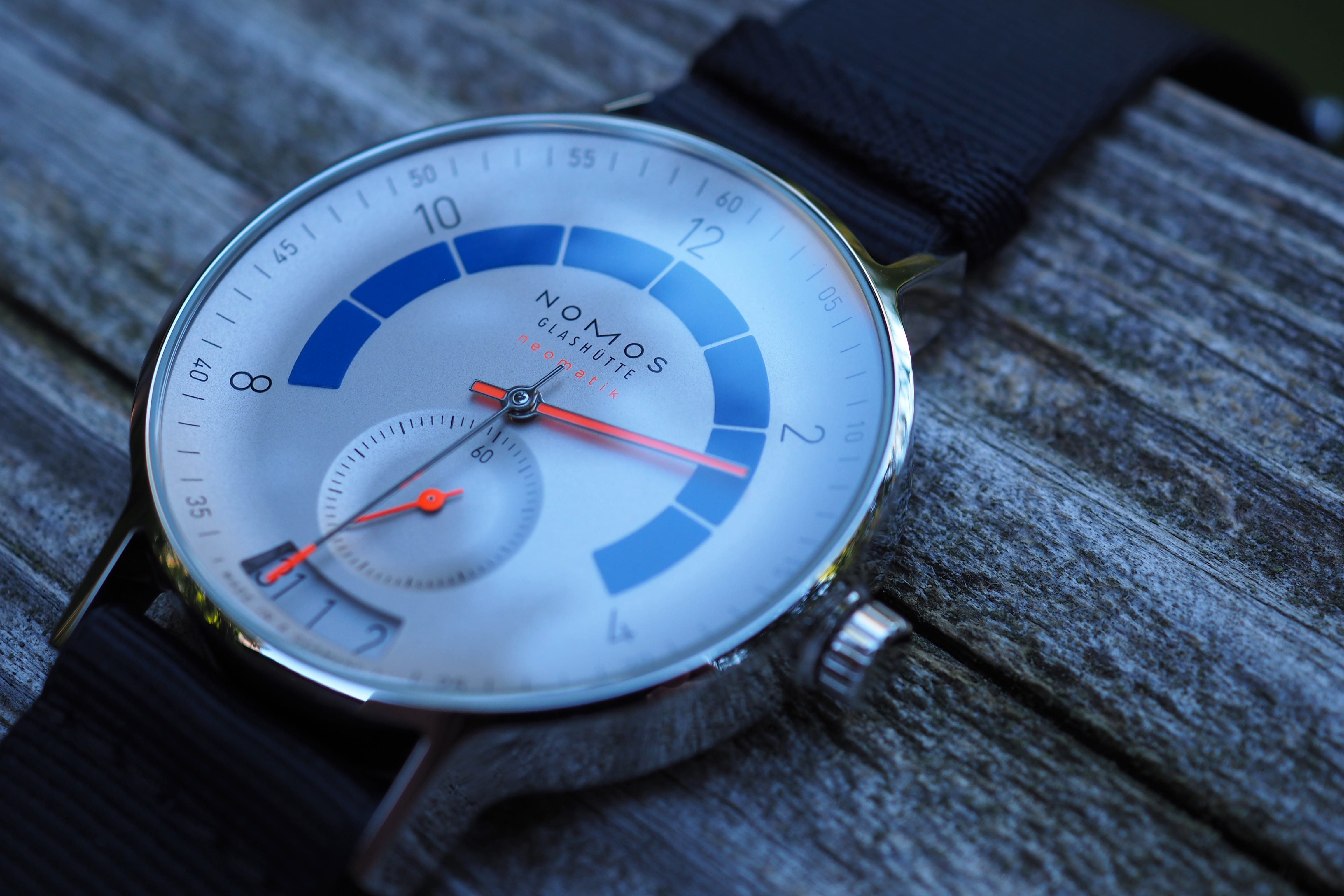 Angled photo of full watch