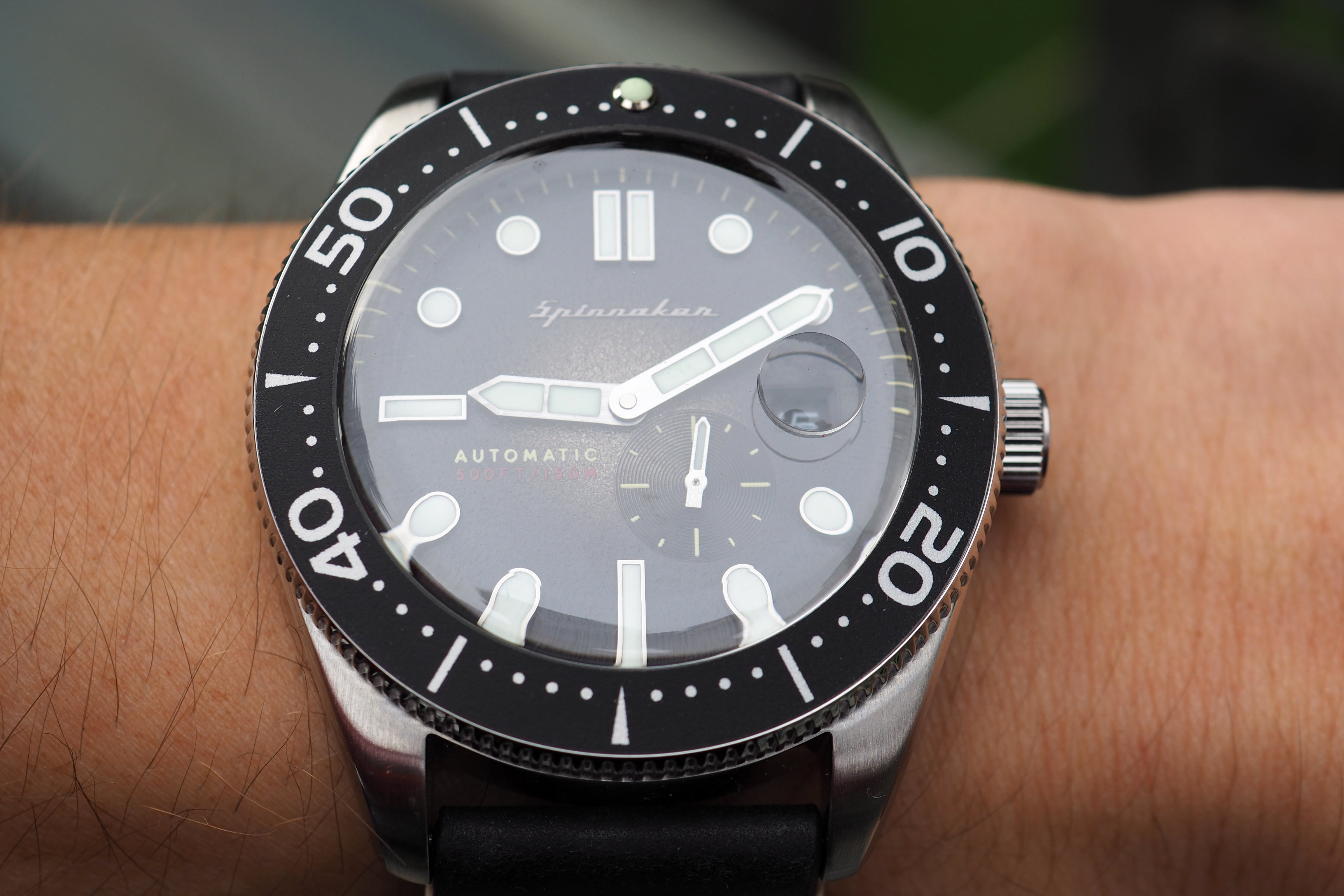 Direct view on wrist
