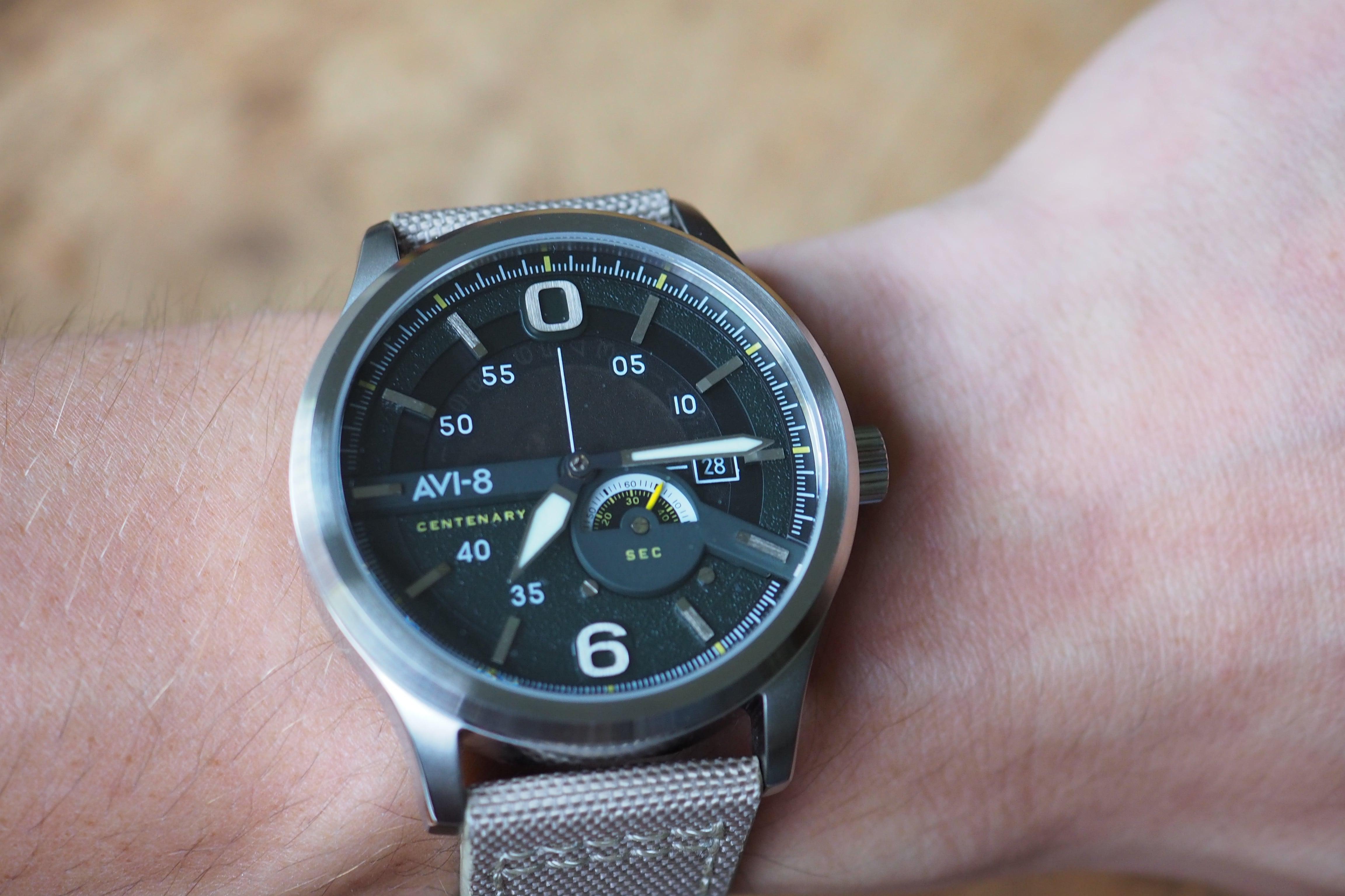 AV-4061-01 wrist shot