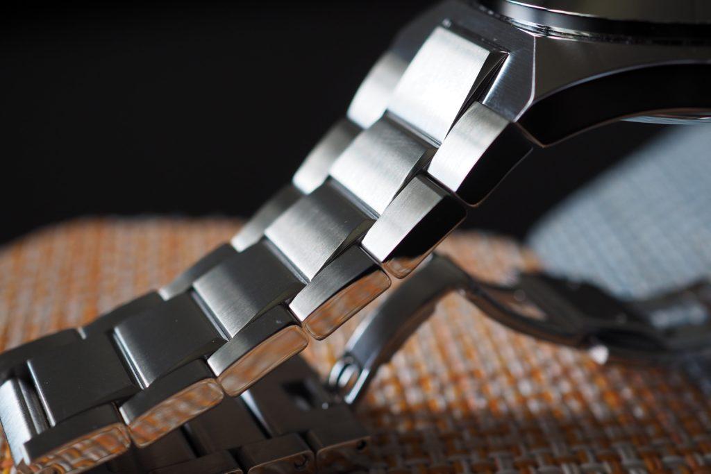 Beautiful linked bracelet