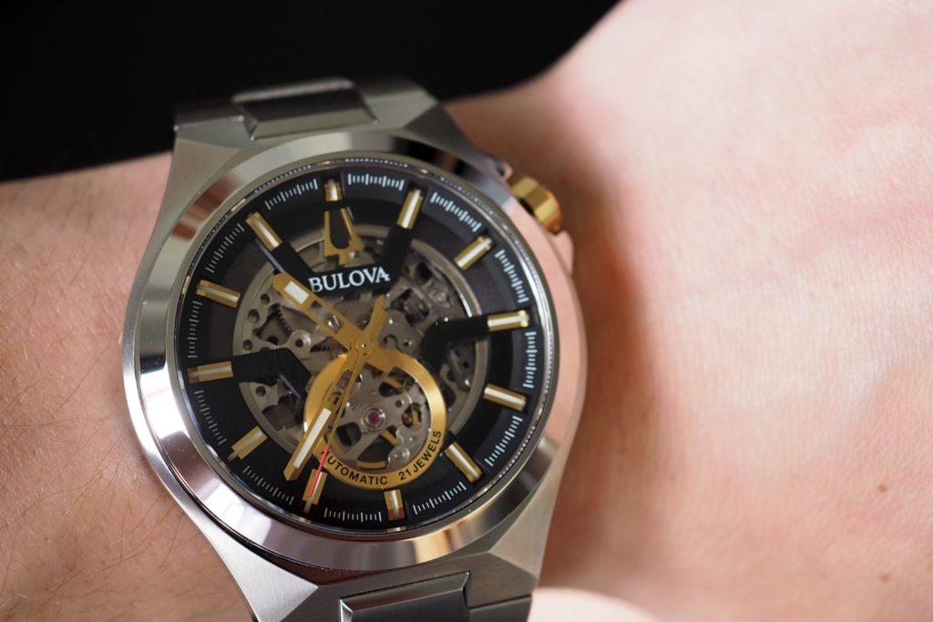 Maquina on the wrist
