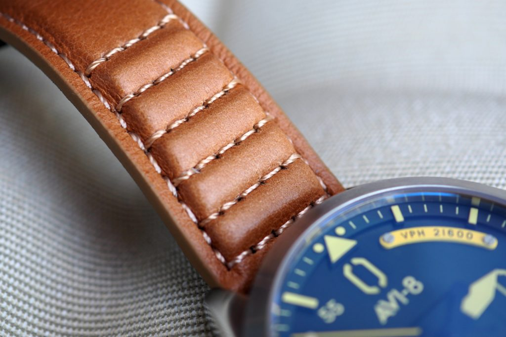 Leather tan band