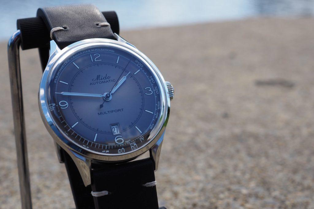 Grey gradient dial
