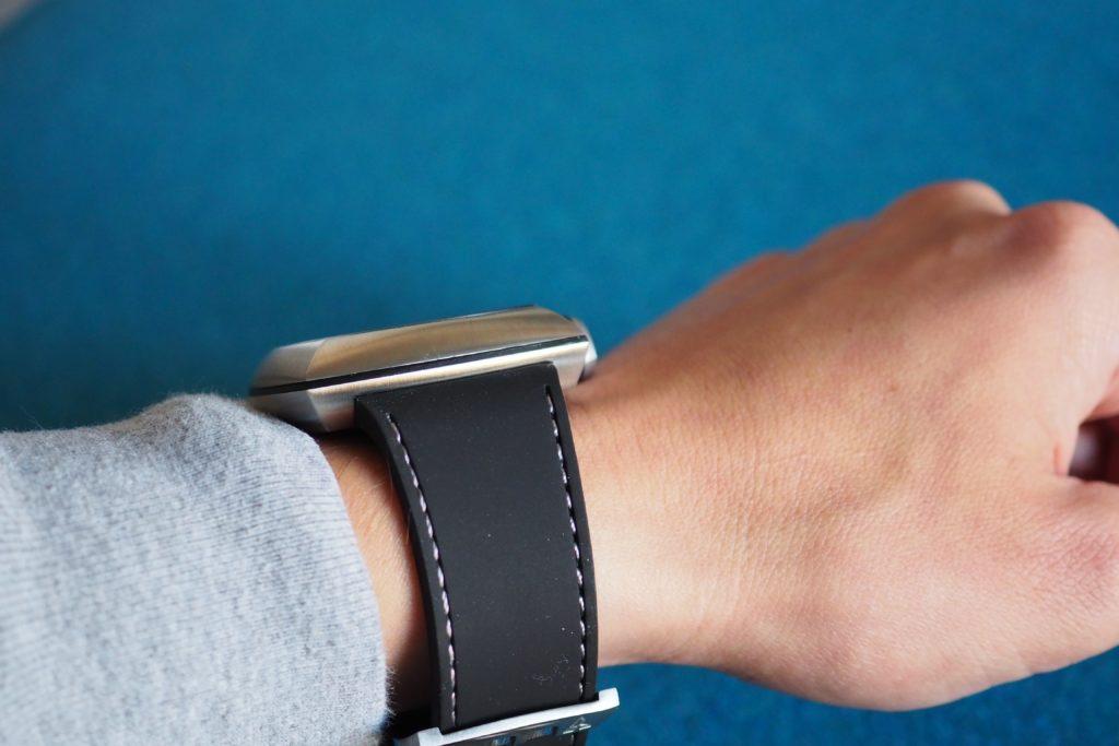 Slim profile view on wrist