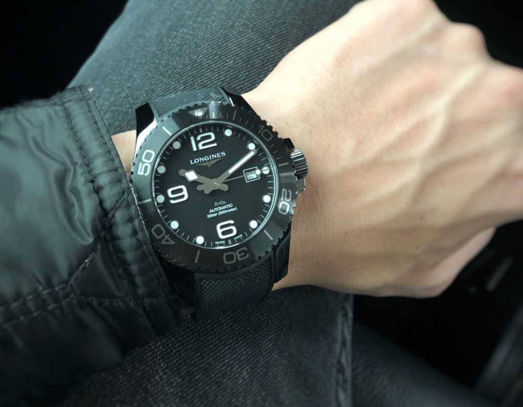 Hydroconquest ceramic on the wrist