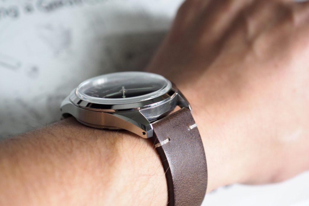 Watch on the wrist slim case