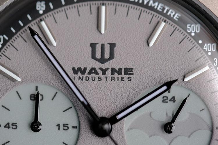 Super macro of Wayne Industries logo