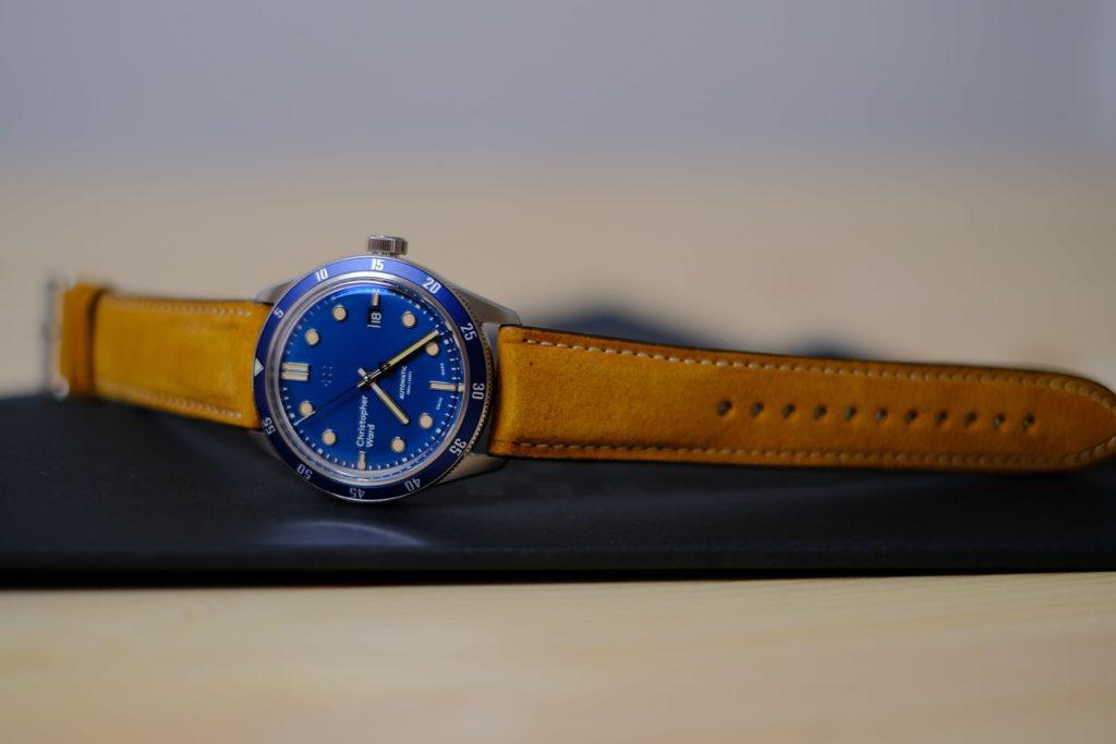 Vivid deep oceanic blue dial