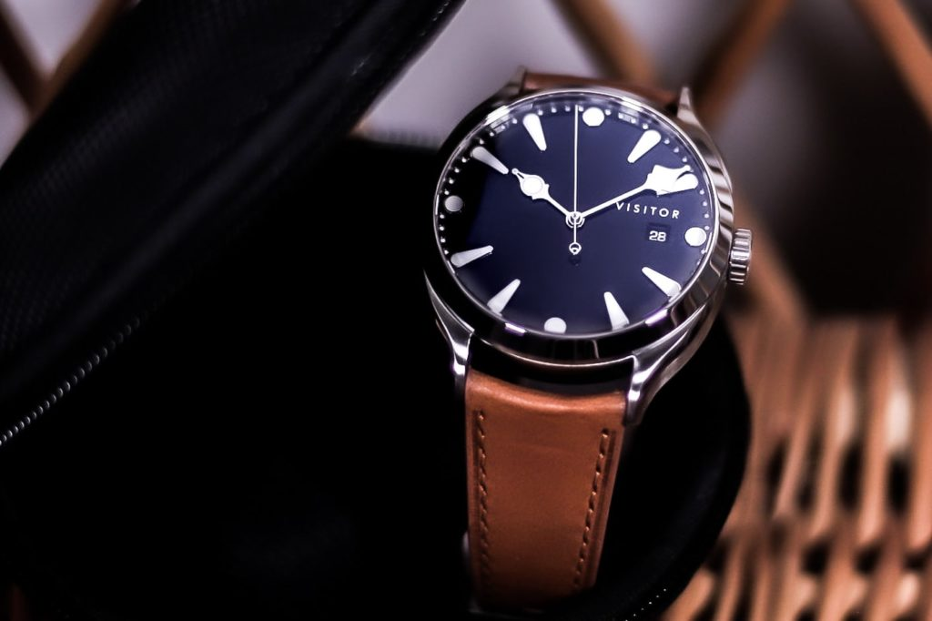 Ink coloured dial