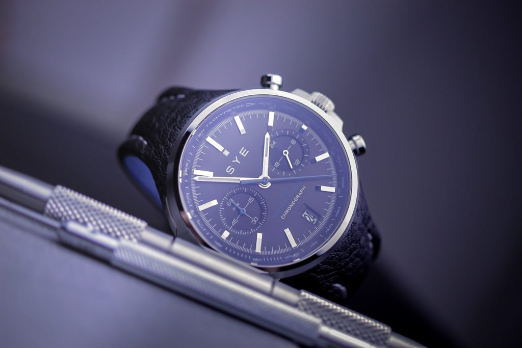 Watch with band tool