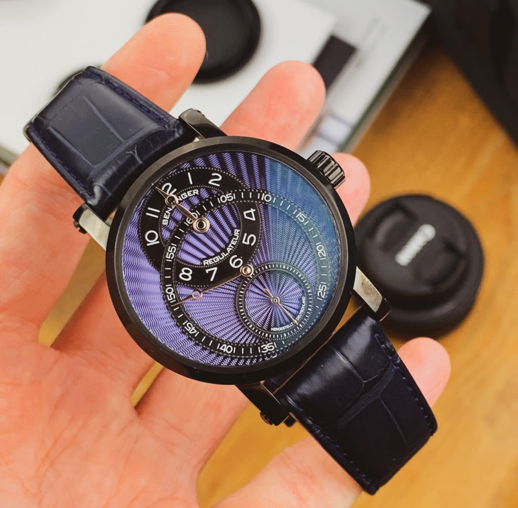 Palm shot with dial
