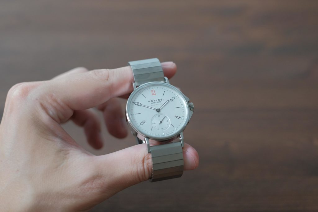 Watch photo in-hand