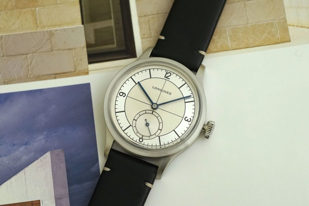 Full view of dial and strap