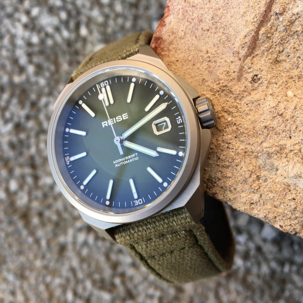 Close up of Resolute dial