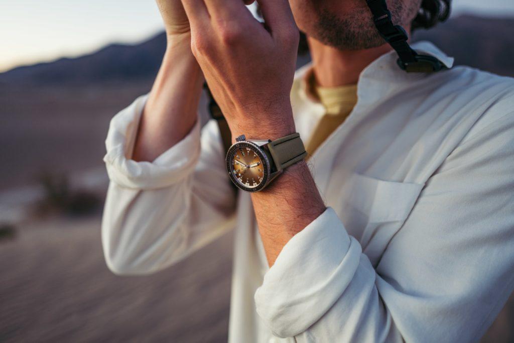 Lifestyle photo in desert