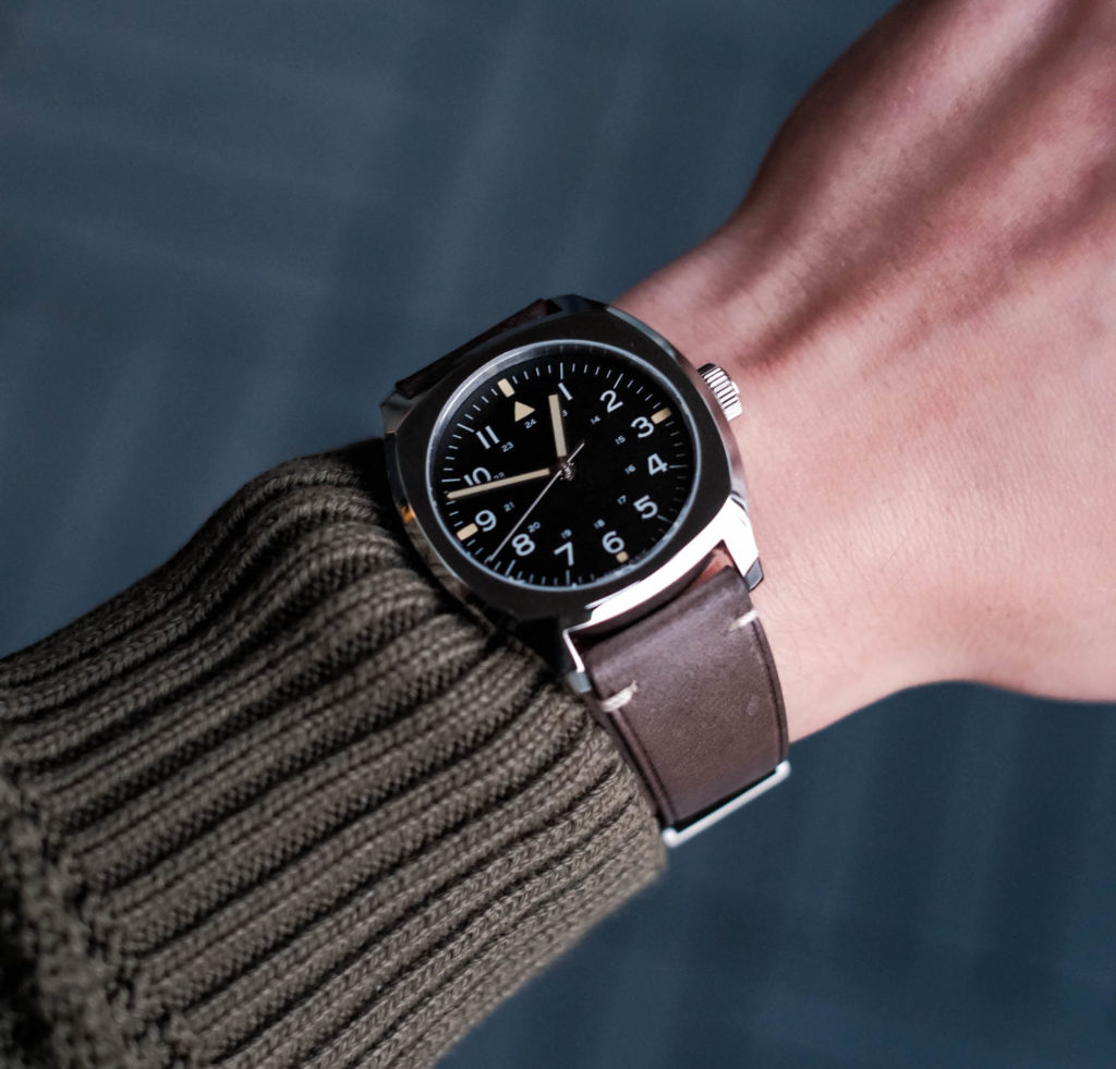 Easy to read dial on wrist