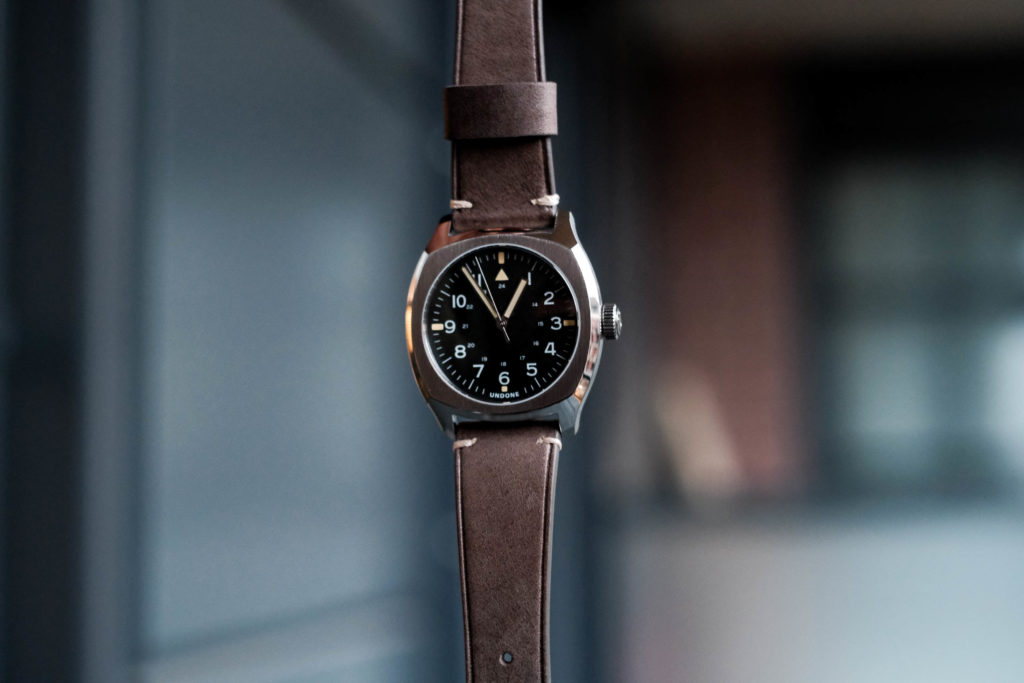 Floating watch dial