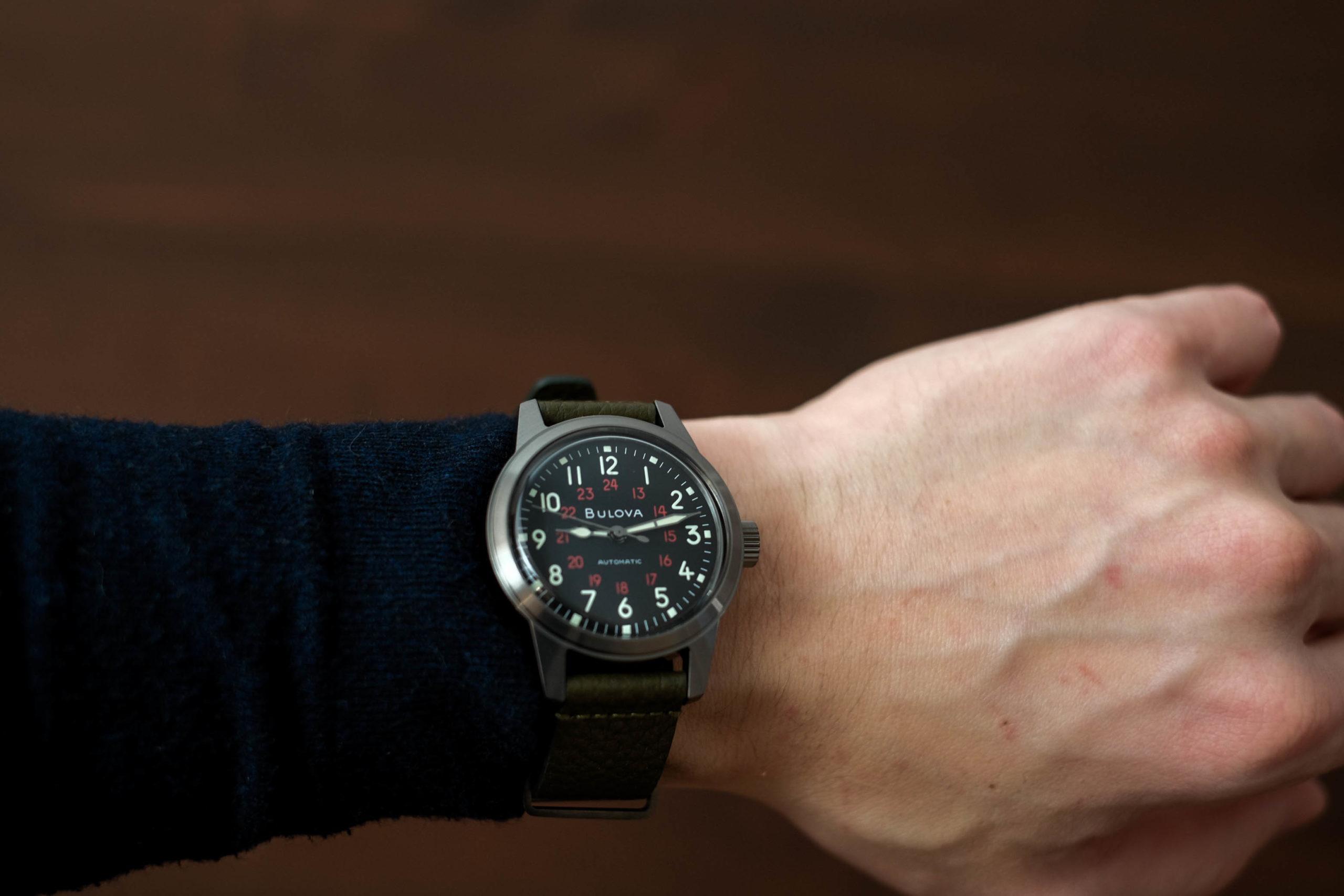 Hack watch wrist shot