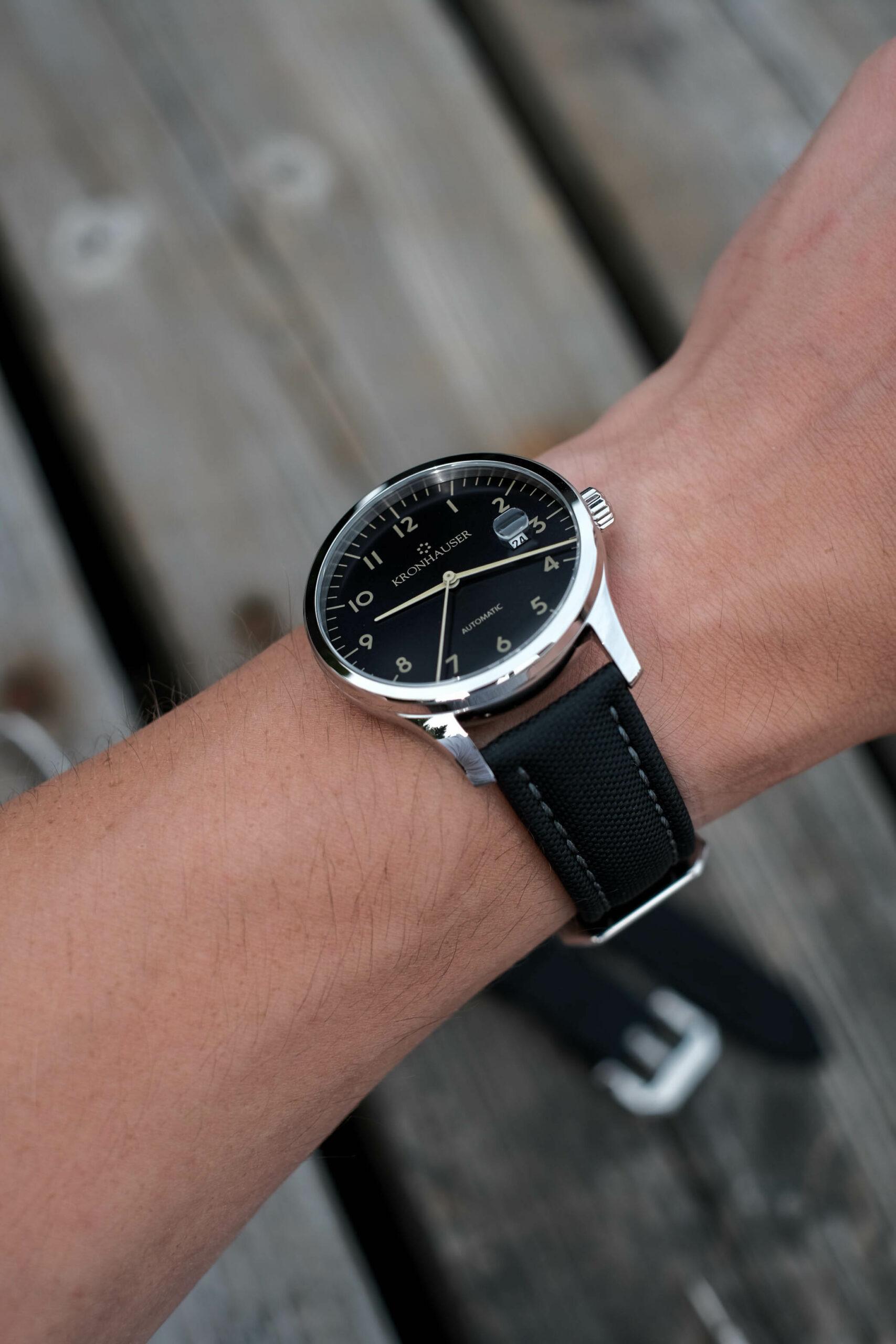 Artem comfort on wrist